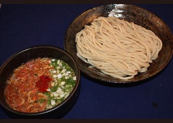 桜エビの低温焙煎 全粒粉つけ麺.jpg